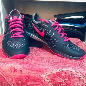 Nike Gray & Pink & Polka Dot,  Women's size: 9.5